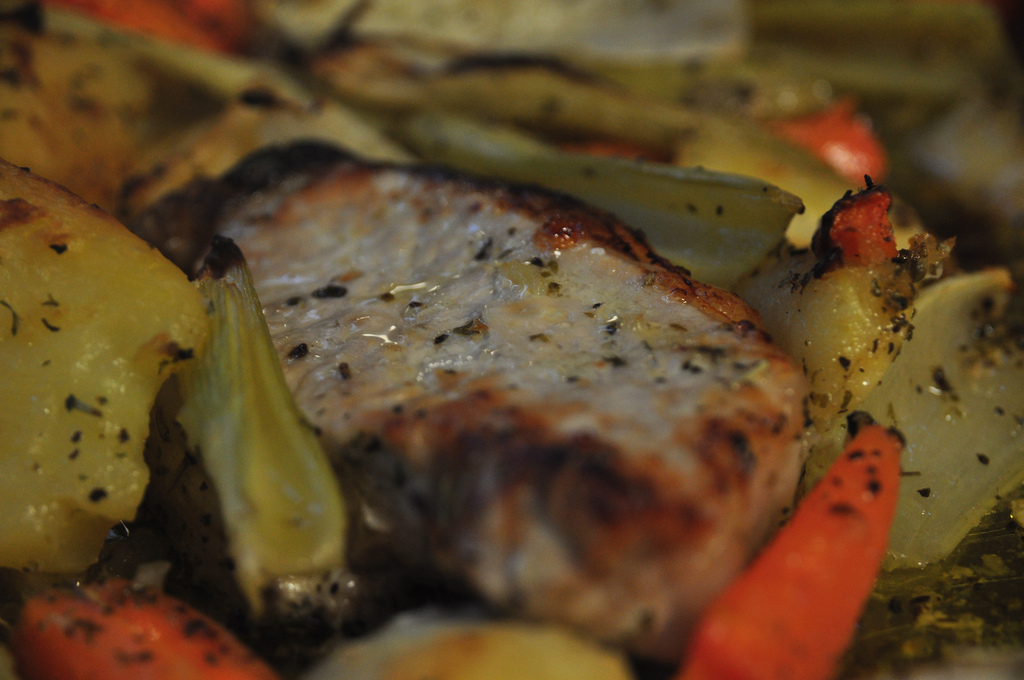 Grilled pork chops with baked bell peppers